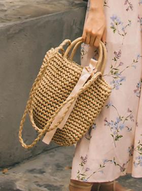Linda straw bag